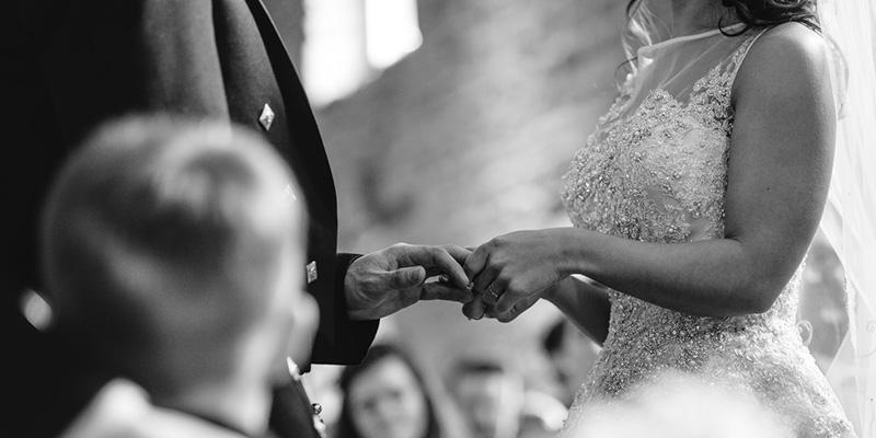結婚式での指輪交換